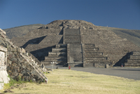 Pyramid of the Moon, Archaeological Zone of Teotihuacan, UNESCO World Heritage Site, Mexico, North America 20025363156| 写真素材・ストックフォト・画像・イラスト素材|アマナイメージズ