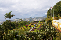 View over the Botanical Garden, Funchal, Madeira, Portugal, Europe 20025363286| 写真素材・ストックフォト・画像・イラスト素材|アマナイメージズ