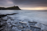 Kimmeridge Bay and Clavell Tower, Jurassic Coast, UNESCO World Heritage Site, Dorset, England, United Kingdom, Europe 20025366235| 写真素材・ストックフォト・画像・イラスト素材|アマナイメージズ