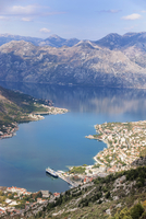 High view of the fjord at Kotor Bay, Kotor, UNESCO World Heritage Site, Montenegro, Europe 20025368974| 写真素材・ストックフォト・画像・イラスト素材|アマナイメージズ