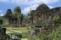 Cham ruins, My Son, UNESCO World Heritage Site, near Hoi An, South Central Coast, Vietnam, Indochina, Southeast Asia, Asia 20025370195| 写真素材・ストックフォト・画像・イラスト素材|アマナイメージズ