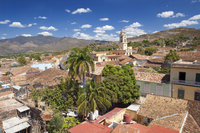 View over pantiled rooftops of the town towards the belltower of The Convento de San Francisco de Asis, Trinidad, UNESCO World H 20025377933| 写真素材・ストックフォト・画像・イラスト素材|アマナイメージズ