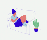 Tired young woman relaxing with cup of tea on sofa 20039008551| 写真素材・ストックフォト・画像・イラスト素材|アマナイメージズ