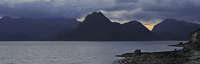 Rain clouds at sunset over the Cuillin Hills, viewed from Elgol on the Island Skye, Inner Hebrides, Scotland, UK. (Photo by: Art 20053014829| 写真素材・ストックフォト・画像・イラスト素材|アマナイメージズ