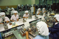 Women working on a production line in the computer industry in Bangkok, Thailand, Southeast Asia, Asia 20062009831| 写真素材・ストックフォト・画像・イラスト素材|アマナイメージズ