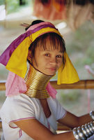 Portrait of a 'Long necked' Padaung tribe woman, Mae Hong Son Province, northern Thailand, Asia 20062013087| 写真素材・ストックフォト・画像・イラスト素材|アマナイメージズ