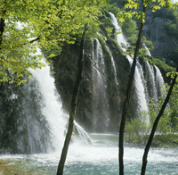 Waterfall in the Plitvice Lakes National Park, UNESCO World Heritage Site, Croatia, Europe 20062013860| 写真素材・ストックフォト・画像・イラスト素材|アマナイメージズ