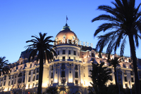 Hotel Negresco at night, Promenade des Anglais, Nice, Cote d'Azur, Alpes Maritimes, Provence, French Riviera, France, Europe 20062024480| 写真素材・ストックフォト・画像・イラスト素材|アマナイメージズ