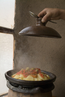Tagine, typical Moroccan food and pot, Cafe Atlas, Imlil, High Atlas Mountains, Morocco, North Africa, Africa 20062038359| 写真素材・ストックフォト・画像・イラスト素材|アマナイメージズ