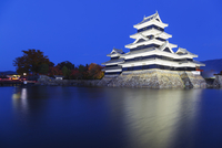 Matsumoto Castle (The Crow Castle) built in 1594, Matsumoto, Nagano Prefecture, Honshu, Japan, Asia 20062048535| 写真素材・ストックフォト・画像・イラスト素材|アマナイメージズ