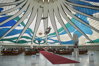 Inside the Metropolitan Cathedral designed by Oscar Niemeyer in 1959, Brasilia, UNESCO World Heritage Site, Brazil, South Americ 20062067594| 写真素材・ストックフォト・画像・イラスト素材|アマナイメージズ