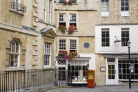 Sally Lunn's House, the oldest house in Bath, Bath, Somerset, England, United Kingdom, Europe 20062069113| 写真素材・ストックフォト・画像・イラスト素材|アマナイメージズ