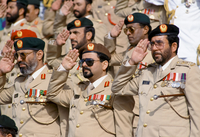 Military chiefs in uniform, with medals, saluting parade of armed forces in Abu Dhabi, United Arab Emirates 20062119288| 写真素材・ストックフォト・画像・イラスト素材|アマナイメージズ