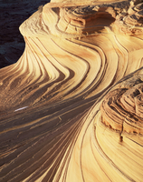Petrified sand dunes with eroded sandstone bands, Paria Canyon-Vermilion Cliffs Wilderness, Arizona, USA  20070002603| 写真素材・ストックフォト・画像・イラスト素材|アマナイメージズ