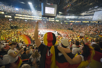 Europe, Germany, Westphalia, North Rhineland, Cologne, World Cup football fans at public viewing in Lanxess Arena 20088032742| 写真素材・ストックフォト・画像・イラスト素材|アマナイメージズ