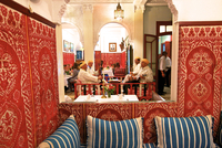 Traditional Moroccan Musicians Performing in a Restaurant, Tangier, Morocco, North Africa 20088056396| 写真素材・ストックフォト・画像・イラスト素材|アマナイメージズ