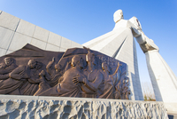 Democratic Peoples's Republic of Korea (DPRK), North Korea, Pyongyang, Monument to the 3 Charters of National Reunification 20088060948| 写真素材・ストックフォト・画像・イラスト素材|アマナイメージズ