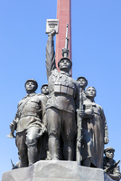 Democratic Peoples's Republic of Korea (DPRK), North Korea, Pyongyang, Mansudae Grand Monument depicting the 'Anti Japanese Revo 20088060959| 写真素材・ストックフォト・画像・イラスト素材|アマナイメージズ