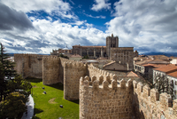 Panoramic view over the Cathedral and the medieval city walls, Avila, Castile and Leon, Spain 20088074564| 写真素材・ストックフォト・画像・イラスト素材|アマナイメージズ