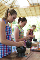 South East Asia, Thailand, Phang Nga Province, Khao Lak, Pakinnaka Thai Cooking Class, making fresh spring rolls 20088079482| 写真素材・ストックフォト・画像・イラスト素材|アマナイメージズ