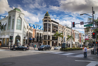 Rodeo Drive shopping district in Beverly Hills, Los Angeles, California, USA 20088089158| 写真素材・ストックフォト・画像・イラスト素材|アマナイメージズ