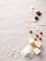 Various baking ingredients creating a frame 22199073290| 写真素材・ストックフォト・画像・イラスト素材|アマナイメージズ