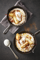 Caramelised pear and vanilla-bean oats