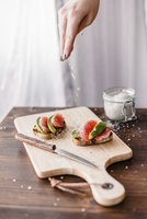 Baguette with avocado and grapefruit