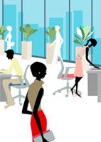 ガラス張りのオフィスで働くOLとサラリーマン 22987000104  写真素材・ストックフォト・画像・イラスト素材 アマナイメージズ