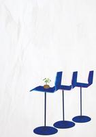 3脚のカウンター椅子 22987000185  写真素材・ストックフォト・画像・イラスト素材 アマナイメージズ