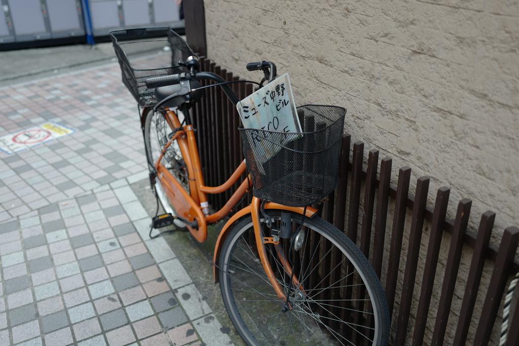 これは自転車じゃなくて看板だと思ふ。