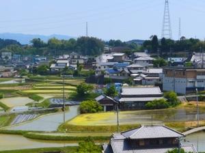 人口約5万6千人と小さな市です。自然に囲まれた素敵な街です。