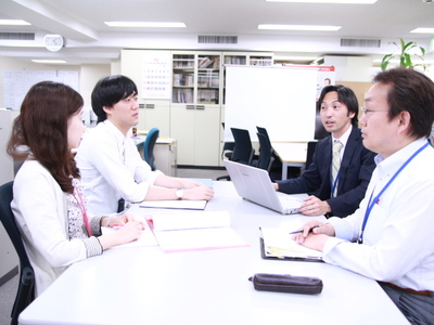 グレイステクノロジー株式会社【営業】
