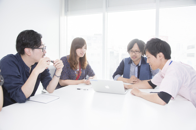 株式会社シンクロ・フード【東証一部上場企業】