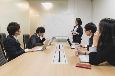 株式会社マクロミル【東証一部上場企業】