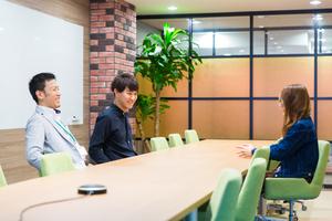 オフィスは原宿・渋谷から近く、おしゃれな内装です!