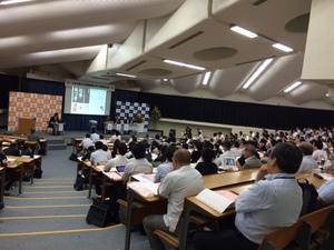 講演会の様子です。運営事務局として関わることができ、当日は講演も聴くことができる学びの多い1日です!