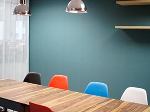 【その1】会議室は、こんな感じです。