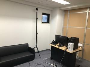 撮影スタジオも用意していますので簡易的な撮影は全てここで行うことが可能です。