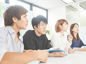 一瞬で学生の目の色が変わる…現役外資系コンサルタントからの熱のこもった指導。