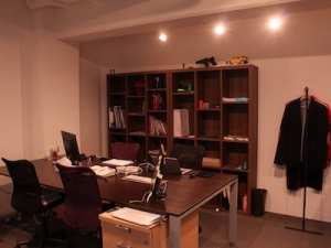 執務室、、ですが遊び道具も盛りだくさん!