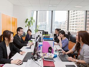 多様なキャリア持った社員・パートナーが在籍しているので、様々な業界や働き方を知ることができますよ。