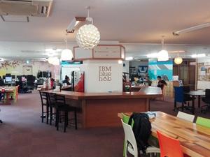 勤務場所はサムライインキュベートさんが運営するインキュベーションオフィスになります!
