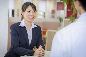 業種問わず採用に積極的な企業に対して訪問しインタビューを行います。その会社の魅力や他社との違いをWEBページに表象していきます。