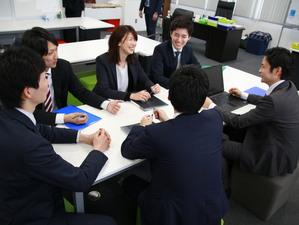 若いメンバーが多いので、学生の皆さんが活躍できる環境です!!
