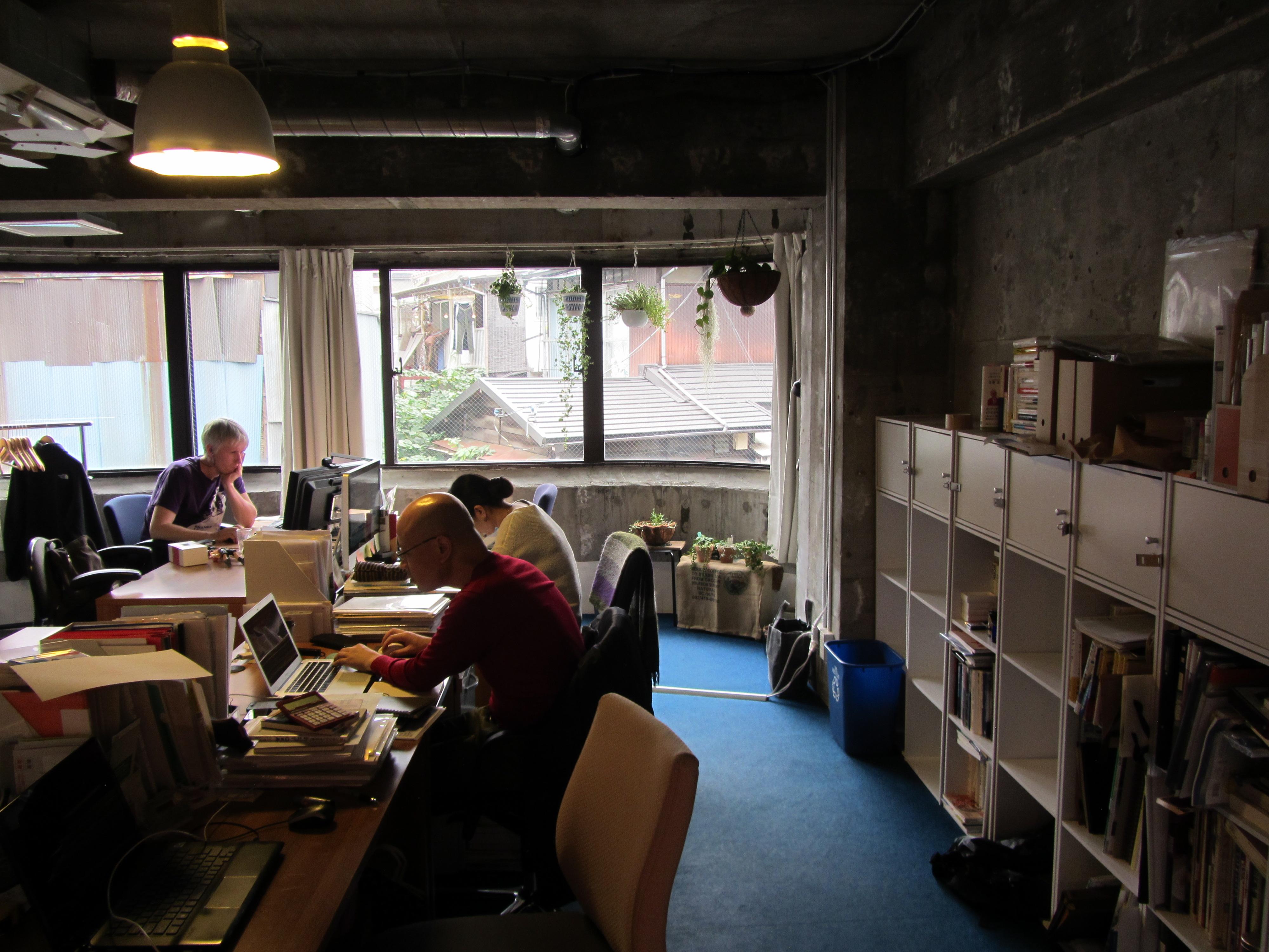 「「日常のクリエイティブ」をコンセプトに、「co-ba shimokita the Association」がオープン」のサムネイル