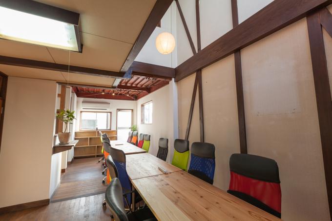 「築300年の造り酒屋を再生して「co-ba omihachiman」がオープン」のサムネイル