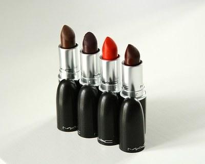 Medium lipsticks 1468651  340