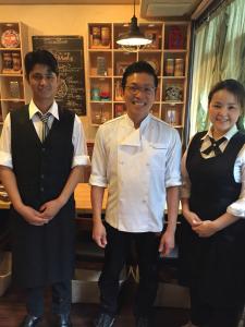 日本人のための本格インドカレー店。インドで修行経験のある多才なシェフのもと、調理はもちろん経営ノウハウも身につけよう!ゆくゆくは店長へキャリアアップ◎<日祝休>