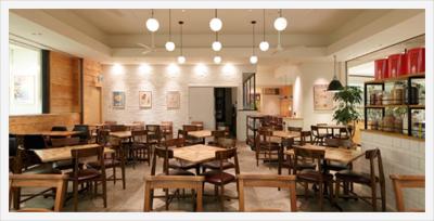 武蔵小杉のショッピングセンター内にあるフレンチトースト専門店。成長企業が経営するお店で、店長へ。